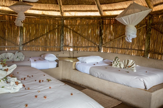 accommodation-family-hut-kids-friendly-Umlani-Bushcamp-Timbavati-Private-Nature-Reserve-Kruger-National-Park