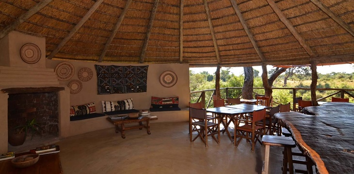 bar-Umlani-Bushcamp-Timbavati-Private-Nature-Reserve-Kruger-National-Park