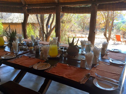 breakfast-Umlani-Bushcamp-Timbavati-Private-Nature-Reserve-Kruger-National-Park