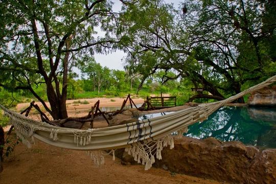 exterior-hammoc-Umlani-Bushcamp-Timbavati-Private-Nature-Reserve-Kruger-National-Park