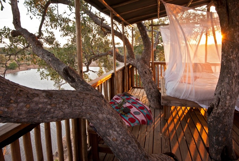 tree-house-Umlani-Bushcamp-Timbavati-Private-Nature-Reserve-Kruger-National-Park-1