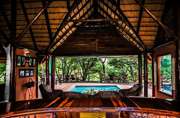 thula-thula-elephant-safari-lodge-lounge