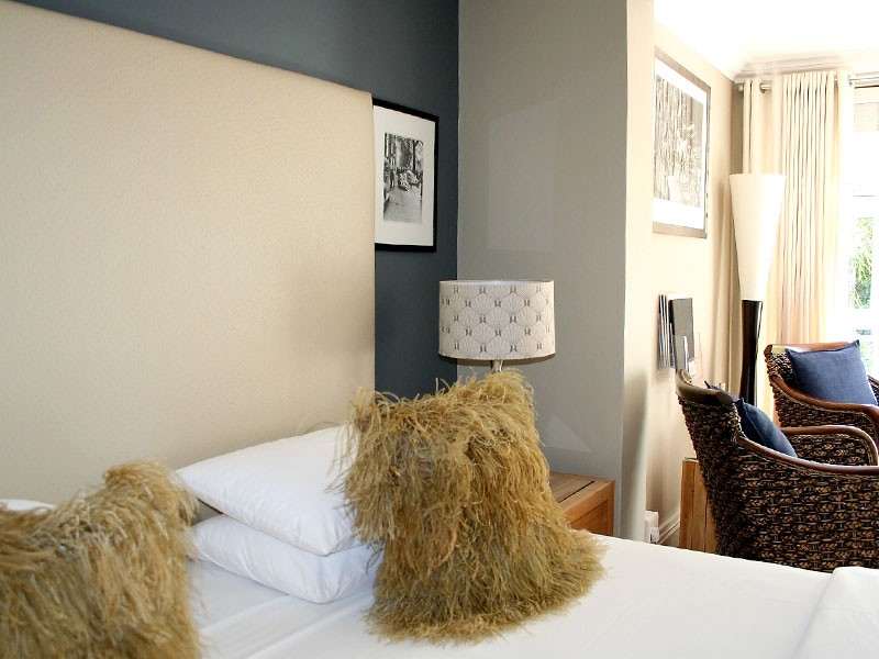 Pictures-Guest-House-Luxury-Room-IMG-2