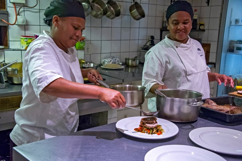 Hog-Hollow-chefs-1