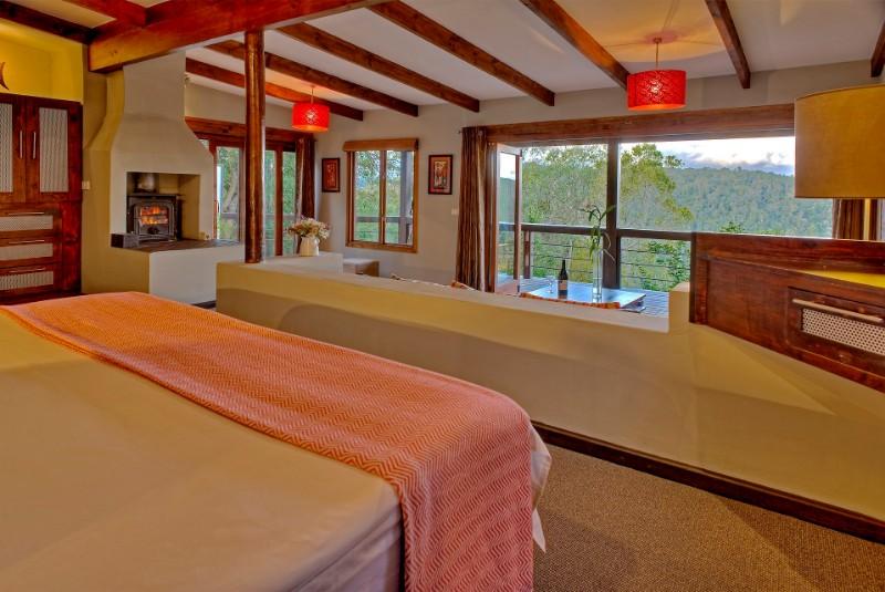 Hog-Hollow-suite-interior-1