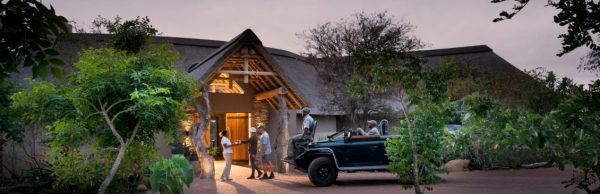 RockFig-Safari-Lodge_Welcome-at-RockFig_Timbavati