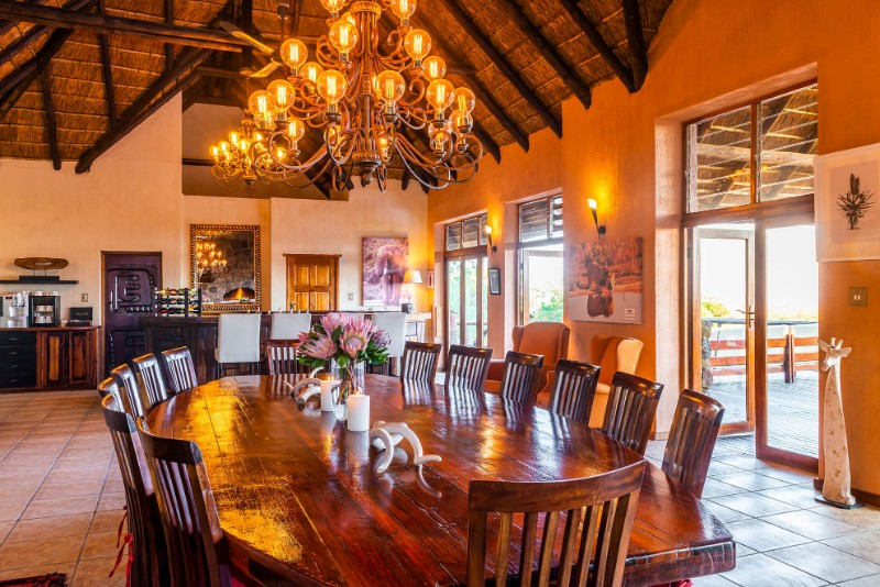 Jamila-Lodge-Dining-Area