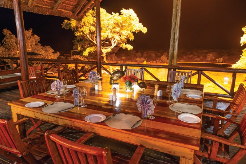 Jamila-Lodge-Dinner-on-the-Deck-over-the-waterhole