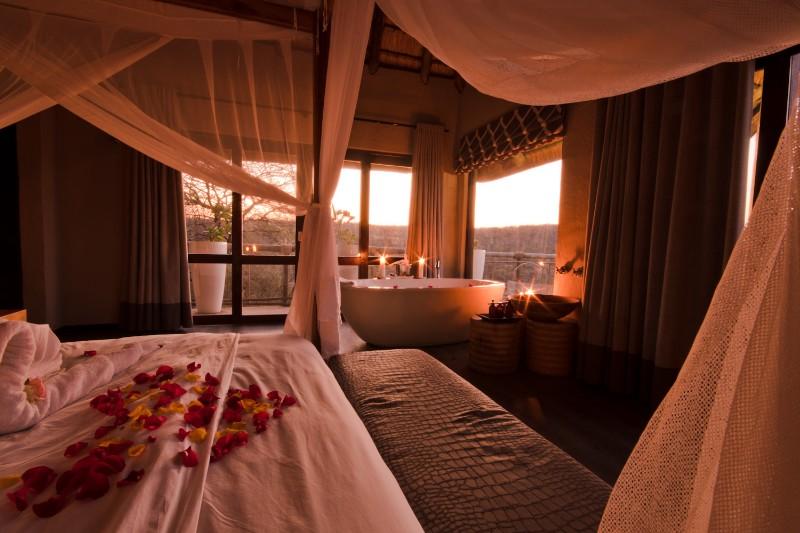 Honeymoon-Suite-3