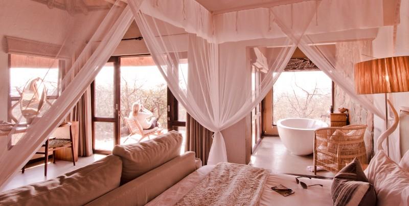 Luxury-Suite-2