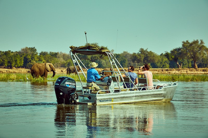 ZG-Activity-River-Safari-with-Elephants