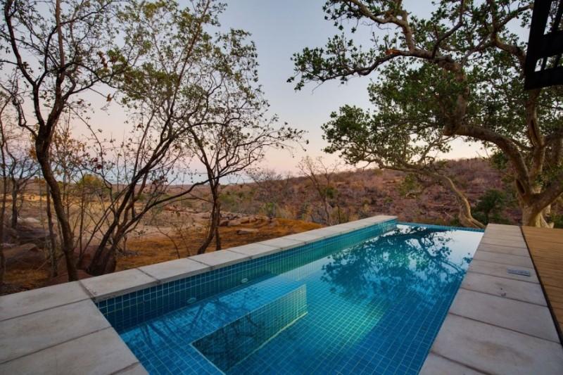 57waterberg-Luxury-honeymoon-suite-pool2