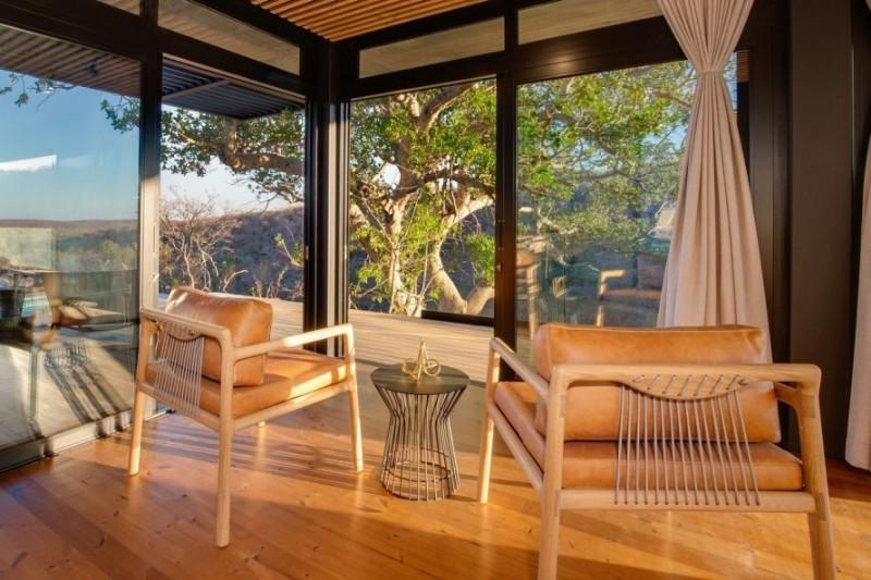 57waterberg-Luxury-honeymoon-suite-seating