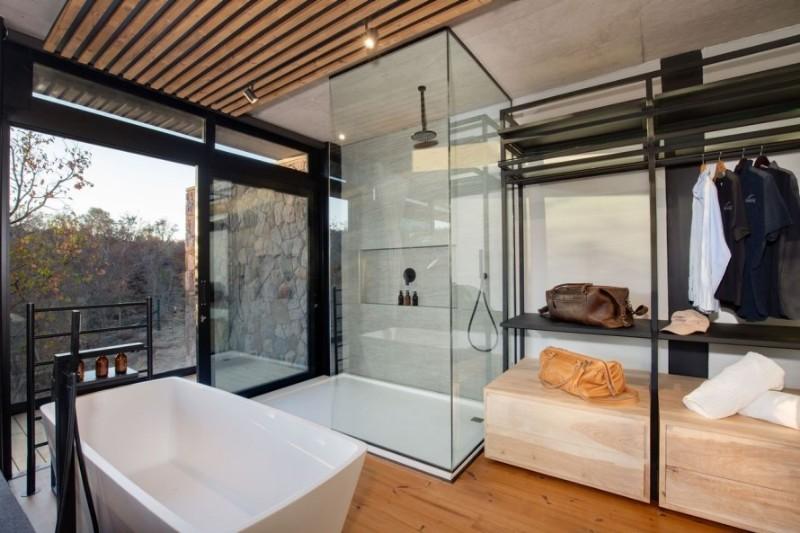 57waterberg-Luxury-honeymoon-suite-shower