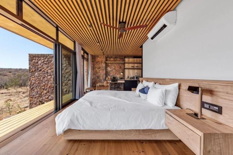57waterberg-Luxury-suite-10-bedroom1