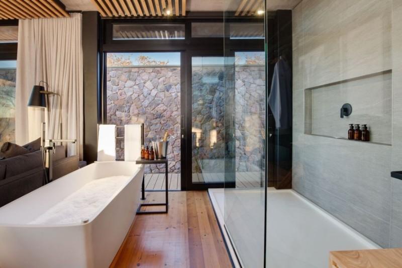 57waterberg-Luxury-suite-8-en-suite-bathroom