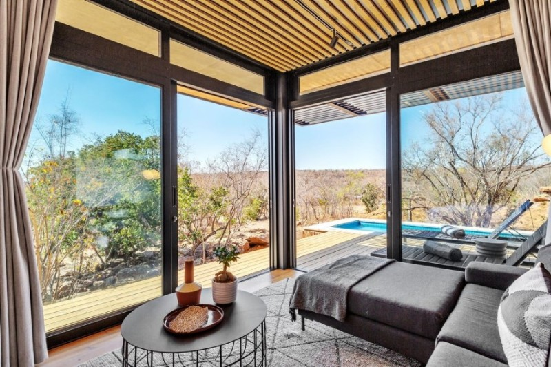 57waterberg-Luxury-suite-9-view-to-outside