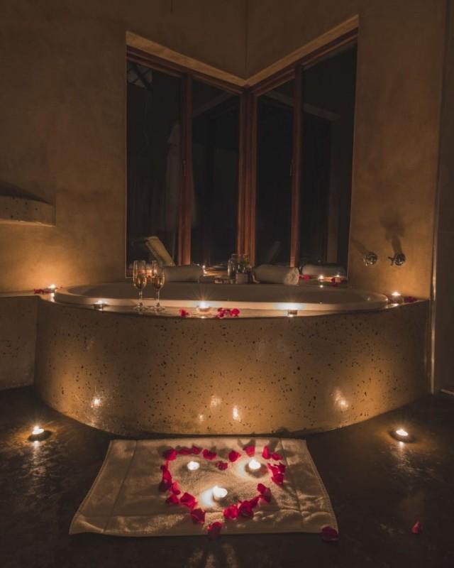 57waterberg-classic-suite-romantic-turndown