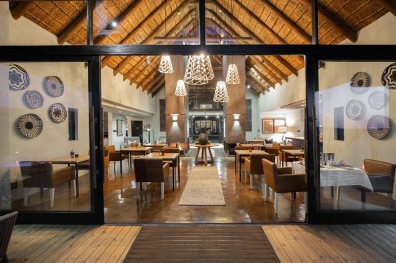 57waterberg-main-lodge-lounge-interior