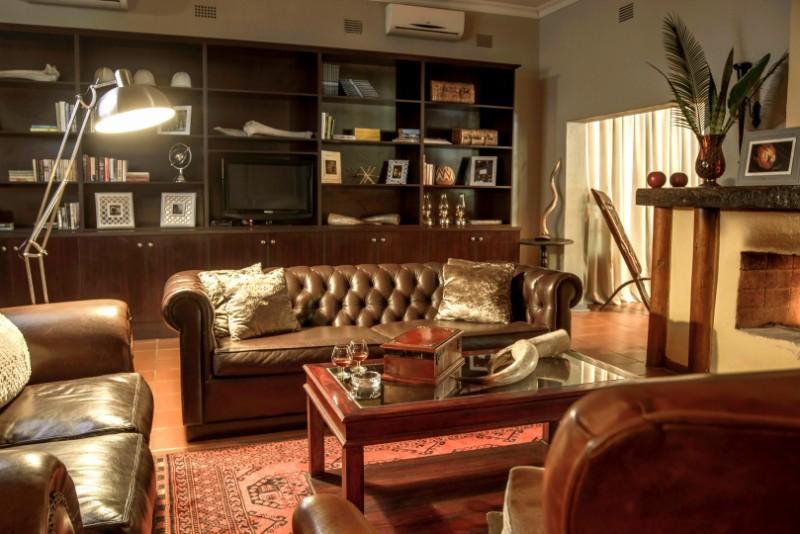 Lounge-6-Large