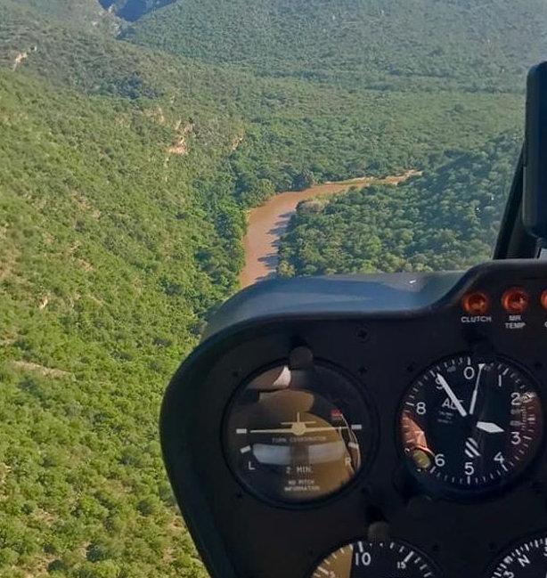 helicopter-flights-at-Karongwe-Portfolio