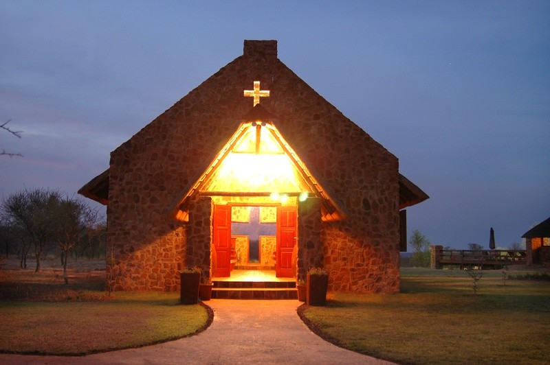 mangwa-valley-wedding-venue-chapel