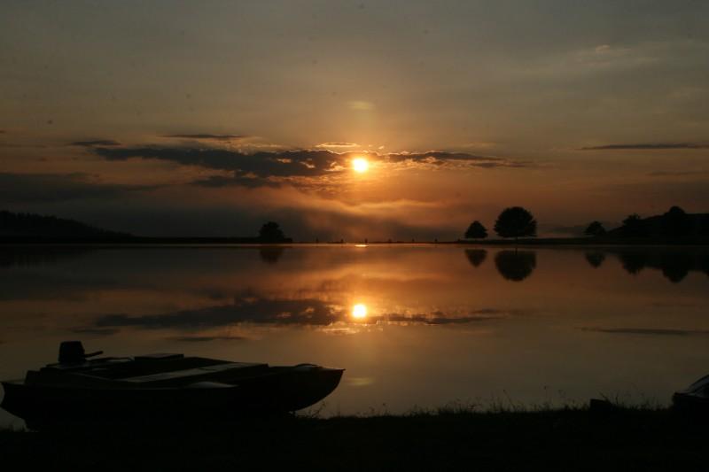 Sunrise-at-Boathouse
